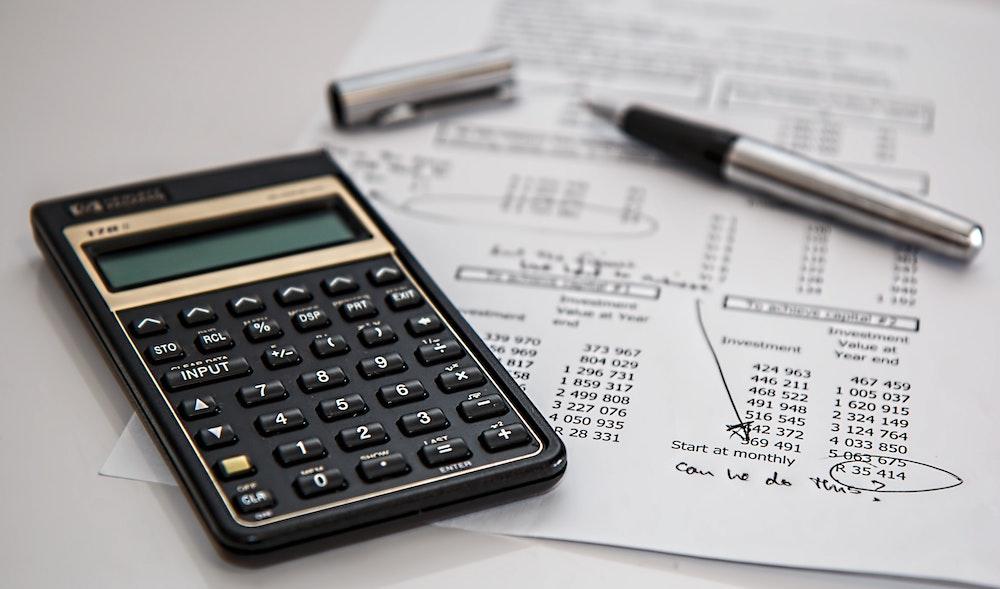 5 Idei practice pentru a-ţi îmbunătăţi scorul din Biroul de Credit